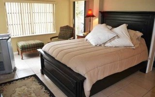 bedroom-at-florida-coast-recovery